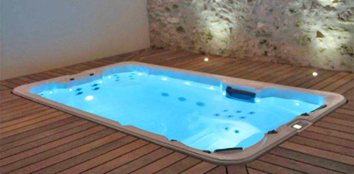 Exceptionnel Comment enlever du sable dans son jacuzzi/sa piscine ? PU51